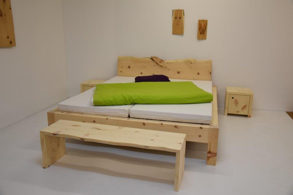 betten aus massivholz giger natur design. Black Bedroom Furniture Sets. Home Design Ideas